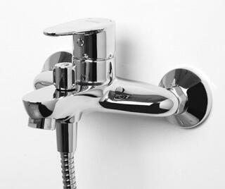 Смеситель для ванны WasserKRAFT  с коротким изливом Leine 3501