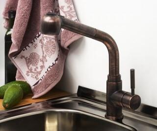 Смеситель для кухни WasserKRAFT с выдвижной лейкой А8247