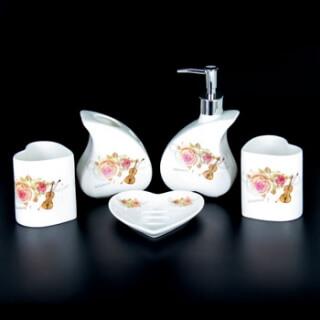 Набор для ванной комнаты керамика YU004-5